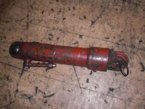cilindru hidraulic case IH (1)